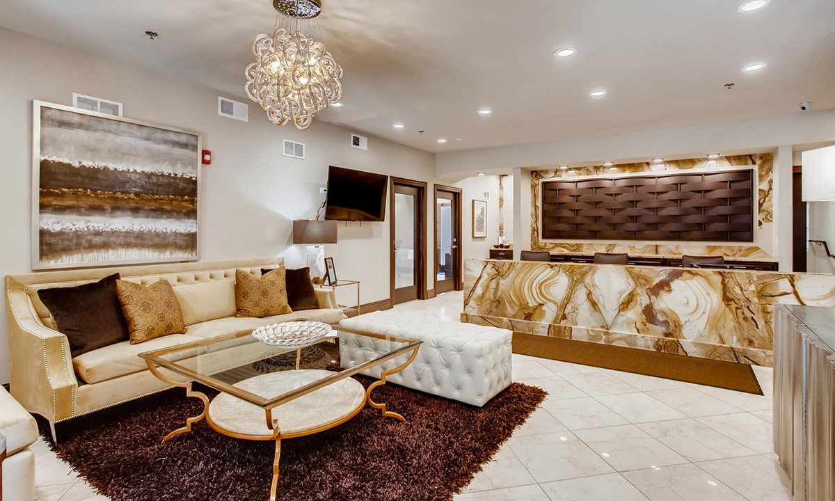 | The Treehouse of Schaumburg Luxury Apartment living in Schaumburg